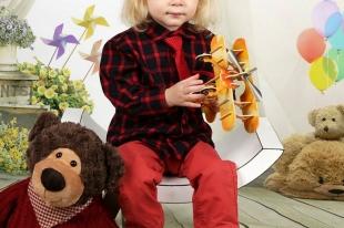 Sesja Dziecięca Świąteczna Antosia